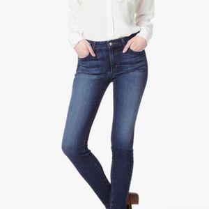 Joe's Mid-Rise Lyla Jeans